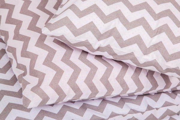 Комплект детского постельного белья из хлопка с двусторонним рисунком,